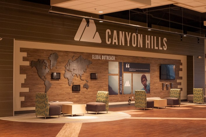 Canyon Hills Lounge