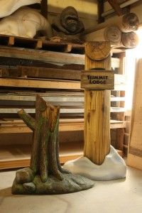 Summit Lodge Faux Peeled Log Support